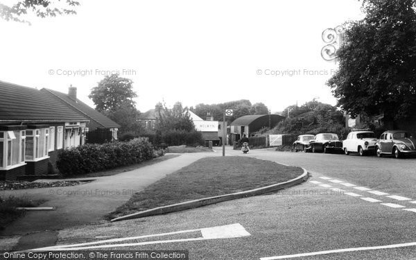 Digswell, Station Road c1960