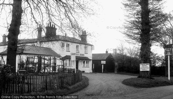 Digswell, Cowper Arms c1960