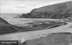 Dinas Cross, Pwllgwaelod c.1955