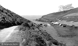 Dinas Cross, Pwllgwaelod c.1960