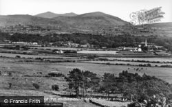 Dinas Dinlle, Looking To Snowdonia c.1935