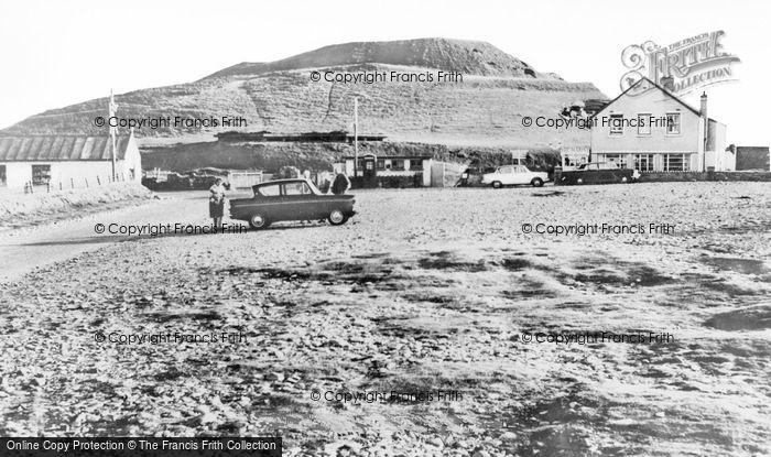 Photo of Dinas Dinlle, Marine Hotel c.1960