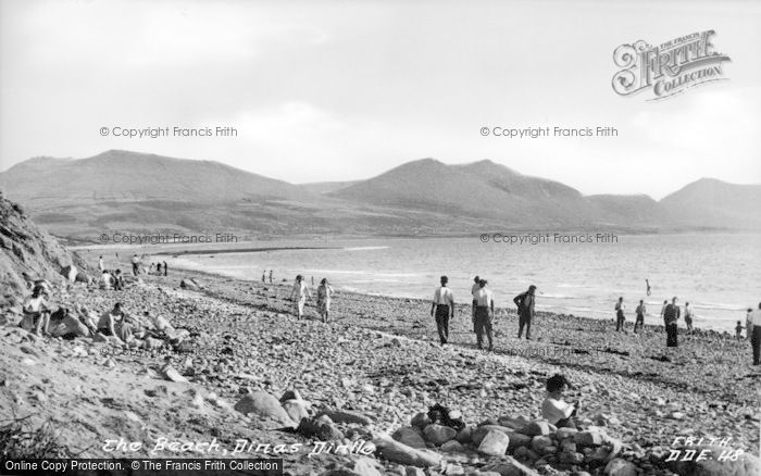 Photo of Dinas Dinlle, The Beach c.1955