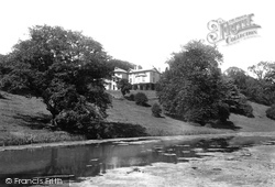 Dinas Powis, Cwrt-Yr-Ala 1900