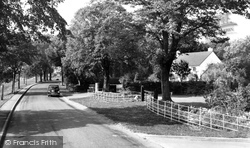 Dinas Powis, St Andrew's Road c.1965