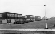 Dinnington, High School c1965