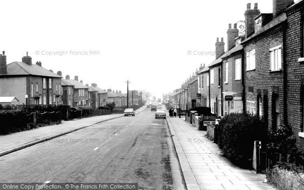 Photo of Dinnington, Lordens Hill c.1965