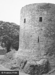 Dirleton, Castle Keep 1961