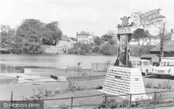 Diss, Town Sign And Mere c.1960