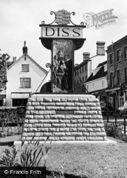 Diss, Town Sign c.1960