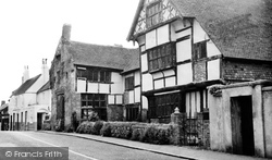 Ditchling, Anne Of Cleves House c.1960