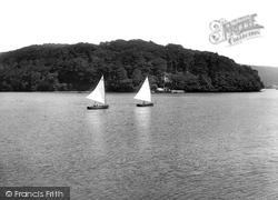 Yacht Racing 1925, Dittisham