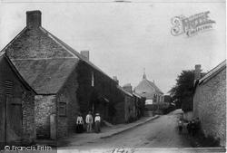 The Village 1906, Dobwalls