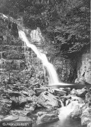 Dolgellau, Pistyll-Y-Cain 1888