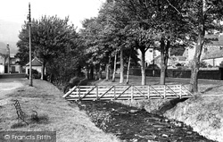 The Footbridge c.1955, Dollar