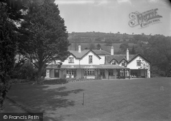 Dolywern, The Queen Hotel 1955