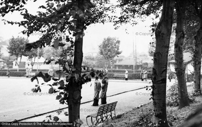 Photo of Doncaster, Bowling Green, The Dell c.1960