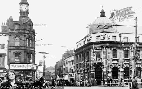 Doncaster, Clock Corner and Baxter Gate c1950