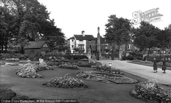 Photo of Doncaster, Elmfield Park c.1955