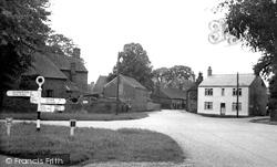 Cross Roads c.1955, Donington