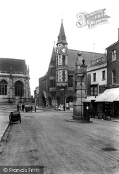 Dorchester, Old Pump And Town Hall 1913