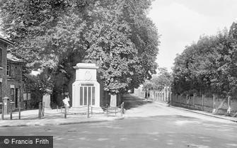 Dorchester, the Cenotaph 1922