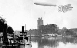 A Zeppelin c.1930, Dordrecht