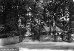 Dorking, Burford Lodge 1909