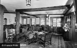 Dorking, White Horse Hotel Interior c.1960