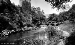 Ilam Rock 1914, Dovedale