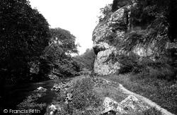 Lion Rock 1914, Dovedale