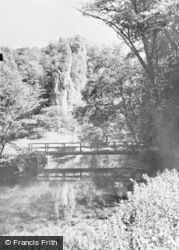 Pickering Rock c.1955, Dovedale