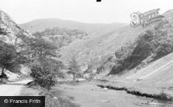 The Approach c.1955, Dovedale