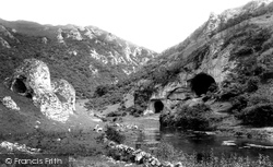 The Dove Holes And Captain's Rock 1894, Dovedale