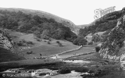 The Entrance 1894, Dovedale