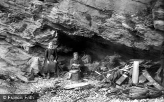 Downderry, Cave Dwellers 1901