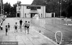 Droitwich Spa, Brine Baths Bathing Lido c.1955