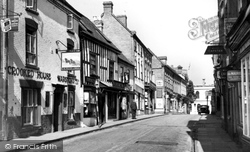 Droitwich Spa, High Street, The Crooked House c.1960