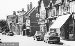 Droitwich Spa, Raven Garage, Ombersley Street c.1960