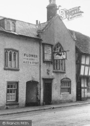 Droitwich Spa, The Old Cock Inn c.1955