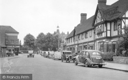 Droitwich Spa, Victoria Square c.1955