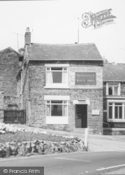 Dronfield, The White Swan c.1965