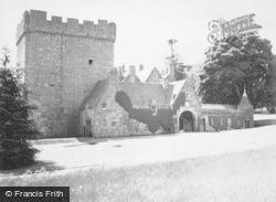 Drumoak, Drum Castle 1949