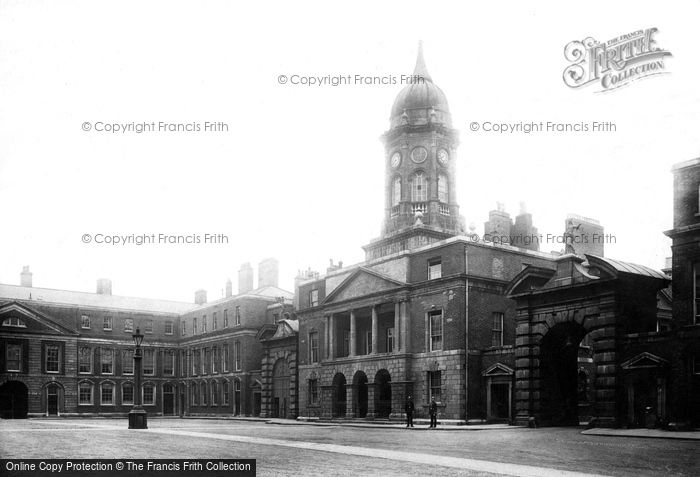 Photo of Dublin, Castle, Quadrangle 1897