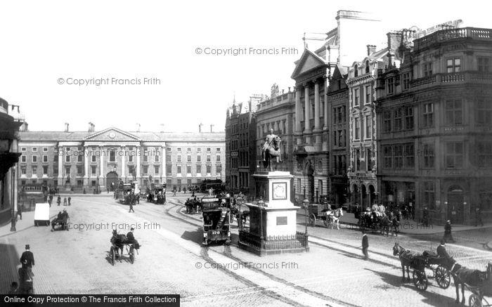 Photo of Dublin, College Green 1897