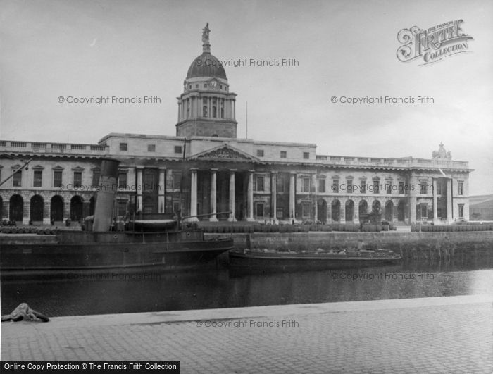 Photo of Dublin, Custom House 1957