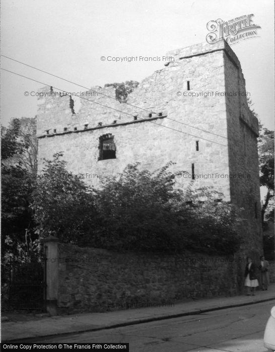 Photo of Dublin, Dalkey Castle 1957