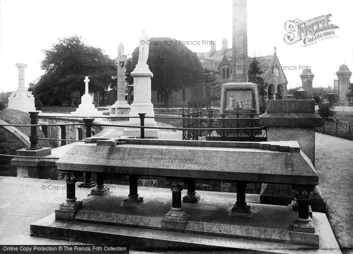 Photo of Dublin, Glasnevin Cemetery, Honest Tom Steele Monument 1897