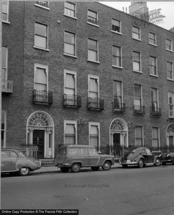 Photo of Dublin, Merrion Square 1957