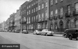 Dublin, Merrion Square c.1957